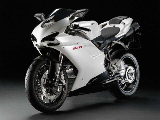 File:2009 Ducati 848.jpg