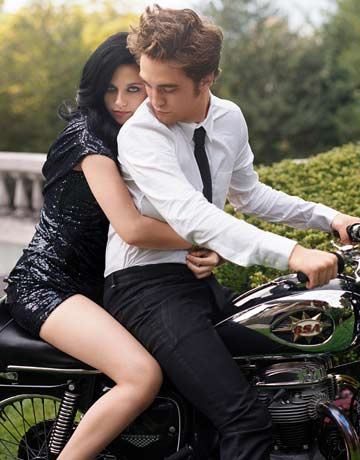 File:Robert-pattinson-kristen-stewart-5.jpg