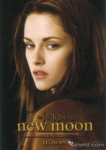 File:Bella in new moon.jpg