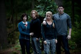 File:Jasper,alice,rosalie,emmett eclipse.jpg