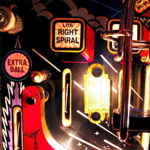 File:Twilight Zone Pinball Machine-110-8556.jpg