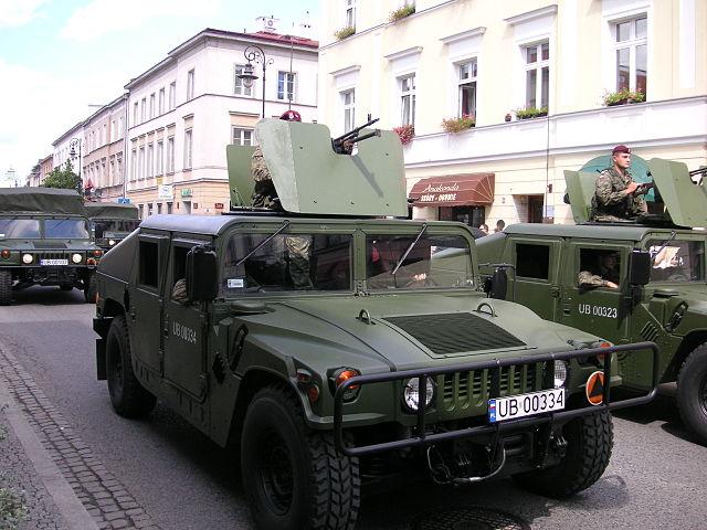 File:Warsaw Hummer 05.jpg