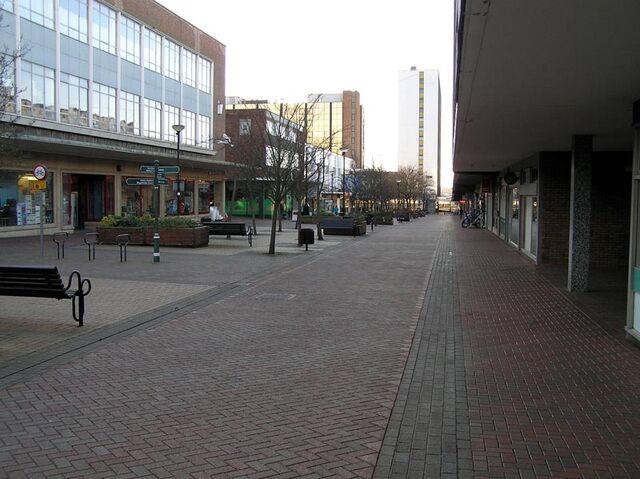 File:Bracknell-broadway.jpg