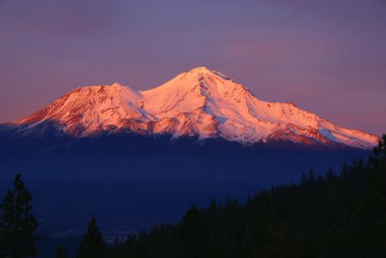 File:Mount-shasta orange.jpg