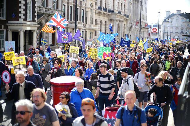File:London Brexit pro-EU protest March 25 2017 13.jpg