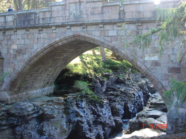 File:A Scottish Masonary Arch Bridge.JPG