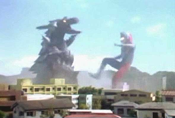 File:Demagorg vs. Ultraman Dyna.jpg