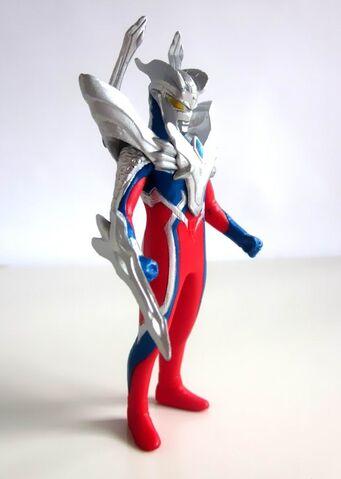 File:Copy of Ultraman Zero Revenge Belial Figure~Zero Ultimate~002.jpg