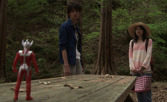 File:Taro meet Hikaru & Misuzu.jpg