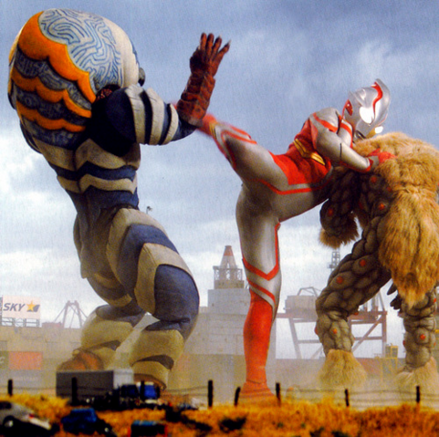 File:Guts and Nackle vs. Mebius.png