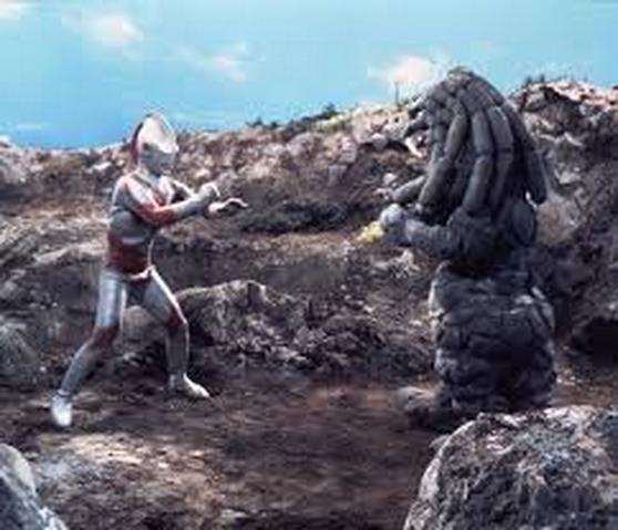 File:Dangar v Ultraman Jack.png