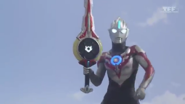 File:Orb holds the Orbcalibur.png
