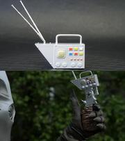 Alien Zarab translator and detonator
