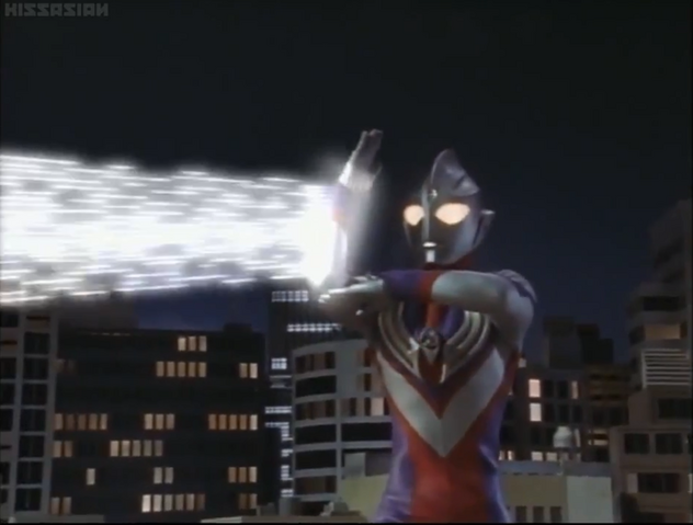 File:Tiga uses Zepellion Ray for the first time.png