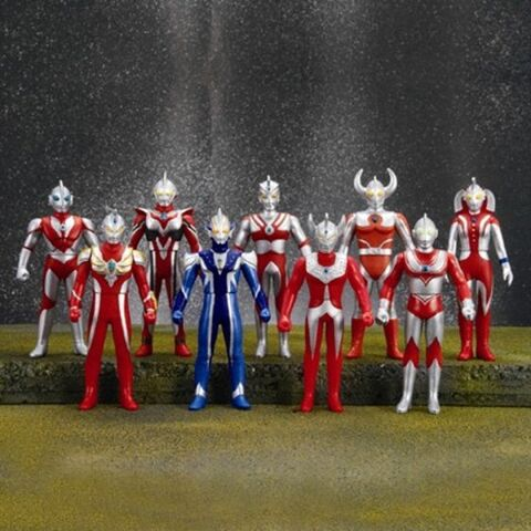 File:Ultra-Hero-Collection-BOX-2.jpg