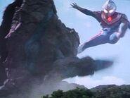 Geomos vs Ultraman Dyna