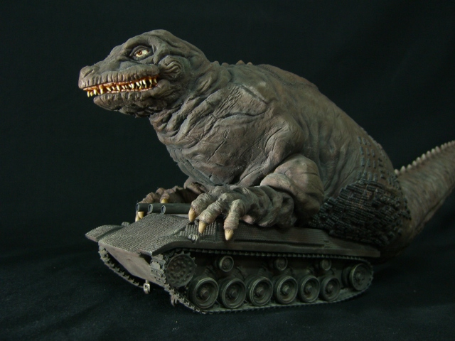 File:Dinosaur-Tank-XPLUS.jpg