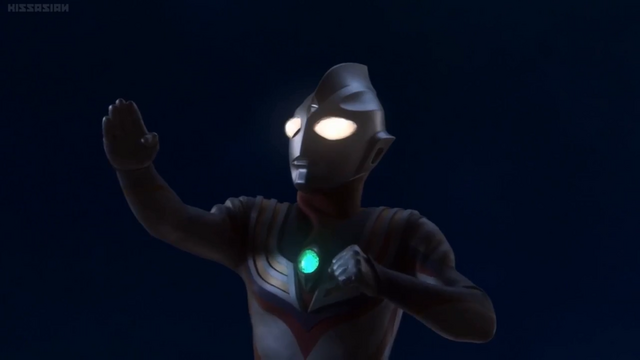File:Ultraman Tiga in Superior 8 Ultra Brothers.png