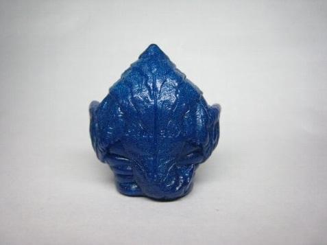 File:Blackium finger puppet back.jpg