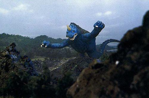 File:Goliath flying.jpg