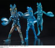 SHF-Alien-Baltan-Clone-Set