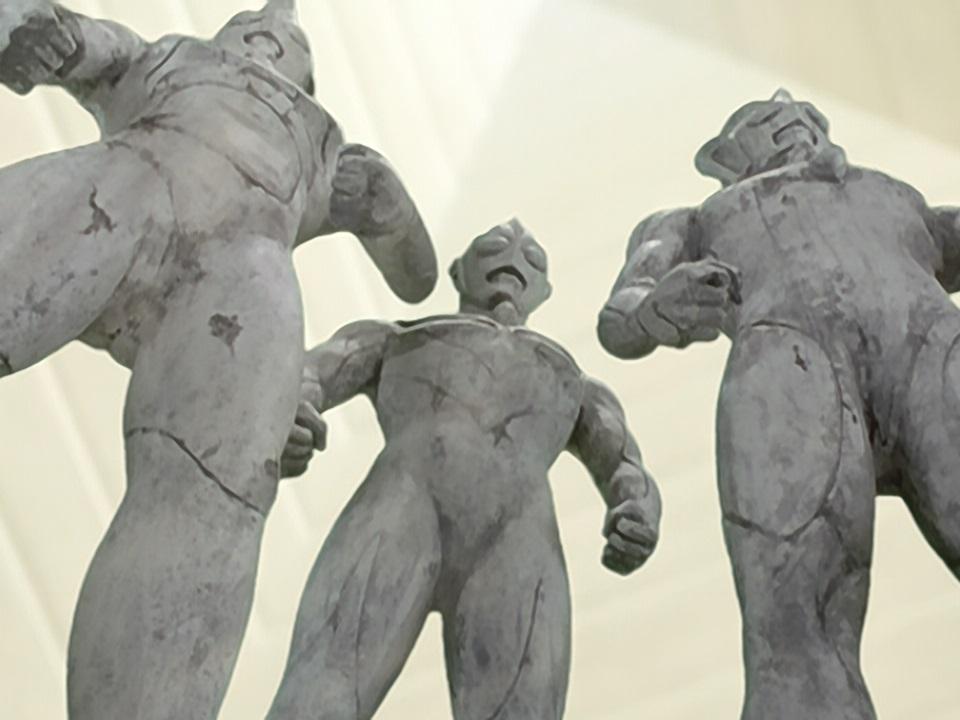 File:Tiga Statue Trio.jpg