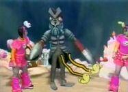 Alien Baltan vs Mini Moni
