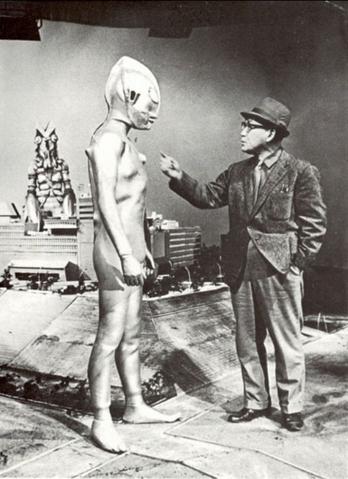 File:Ultraman and Eji.png