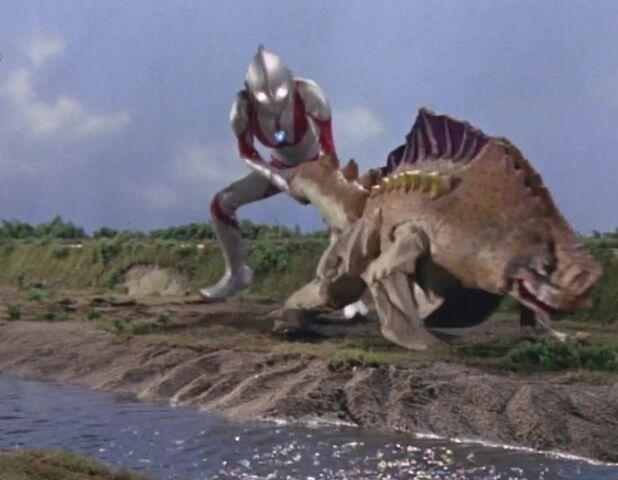 File:Ultraman-Gavadon Screenshot 011.jpg