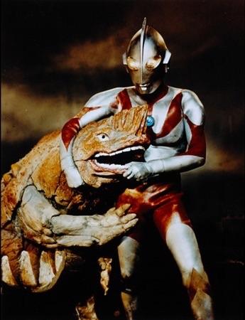 File:Ultraman vs Gavadon.jpg