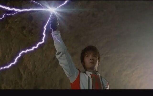 File:Daigo Using the Dark Spark Lens.jpg