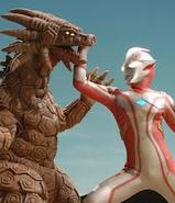 Salamadora v Ultraman Mebius