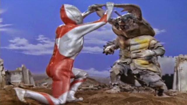 File:Ultraman vs antlar.jpg