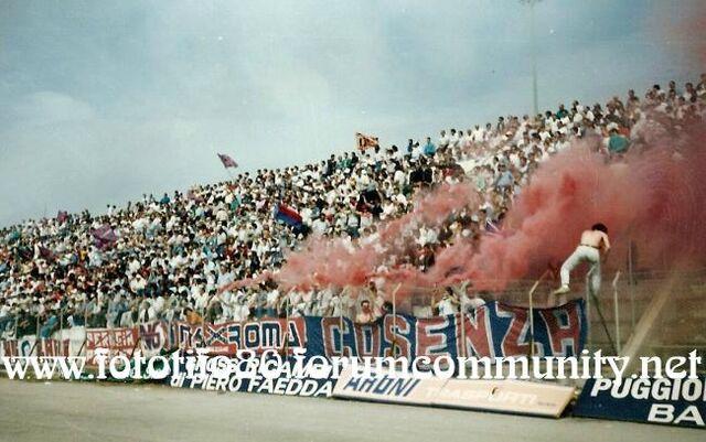 File:Cosenza1987 88SASSARI.jpg