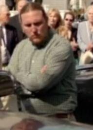 File:Man with brown hair 1.JPG