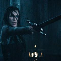 Sonja wielding a sword.