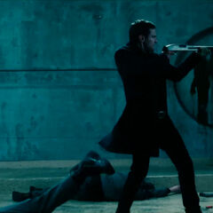 David fires on Antigen guards.