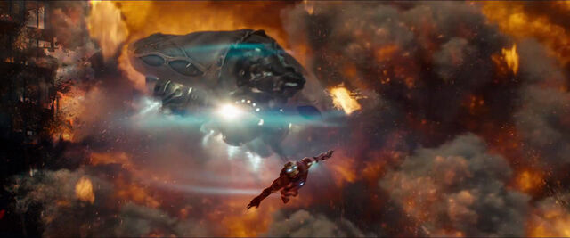File:Man-of-Steel-Trailer-Images-Kryptonian-Spaceships-Escape-Krypton.jpg