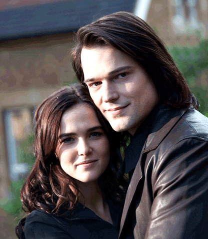 File:Rose and Dimitri.png