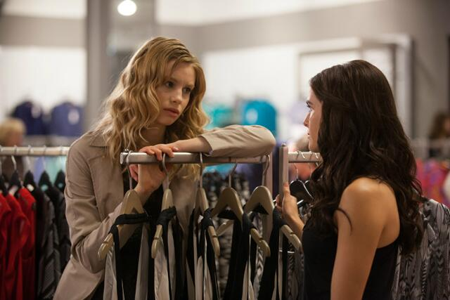 File:Rose and Lissa shopping.jpg