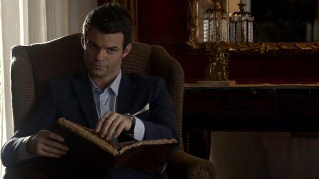 File:Elijah 2 TO 1x06.jpg