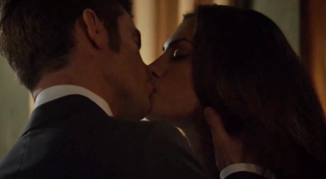 File:Haylijah kiss 1x21..png