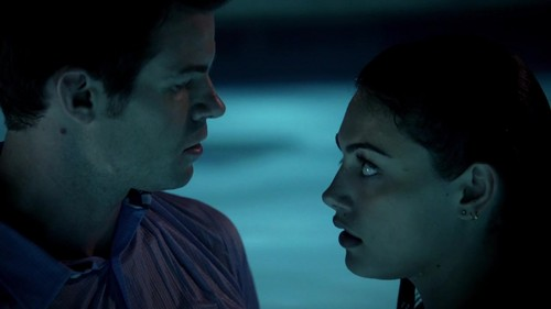 File:Elijah-Hayley-in-The-Originals-1x06-Fruit-of-the-Poisoned-Tree-elijah-and-hayley-36035141-500-281.jpg
