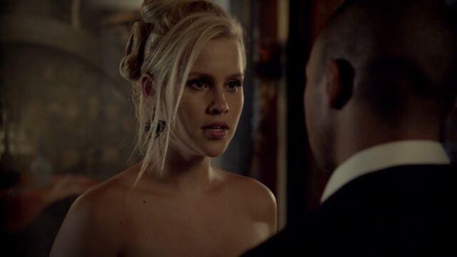 File:Rebekah 37 TO 1x03.jpg