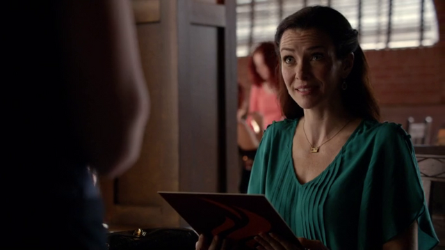 File:6X19-30-Lily.png