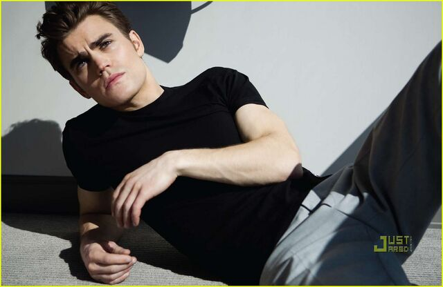 File:Paul-wesley-da-man-magazine-02.jpg