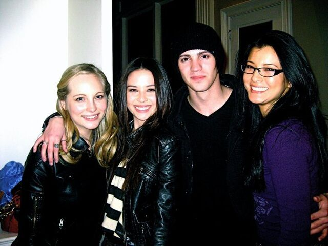 File:Malese-Jow-facebook-anna-the-vampire-diaries-12012071-720-540.jpg