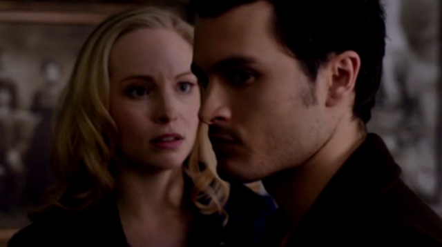 File:Caroline and Enzo-5x17.png