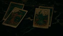 TO406-082-Tarot Cards