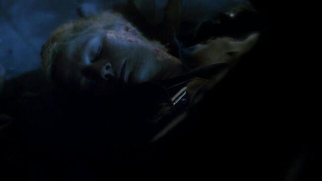 File:The.vampire.diaries.s05e22.1080p.web.dl.x264-mrs.mkv snapshot 29.05 -2014.05.31 20.58.39-.jpg